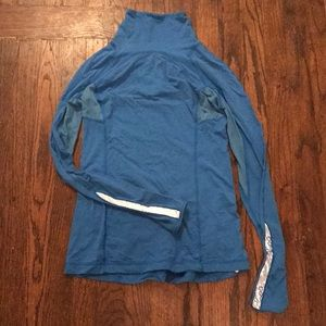 Lululemon mock tneck top